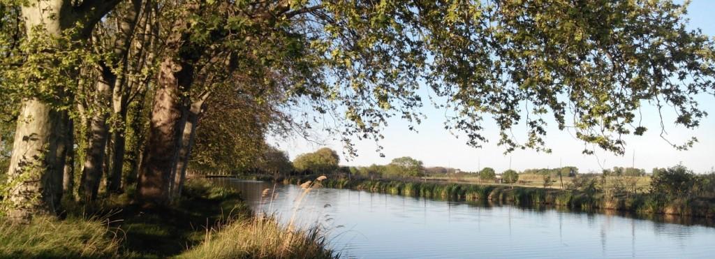 Chateau en bord de Canal du Midi