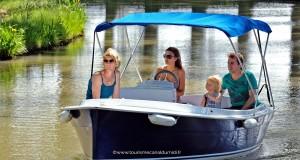bateauxelectriquescanaldumidicapestang---crédit-photo-OTI-Canal-du-Midi---www.tourismecanaldumidi.fr