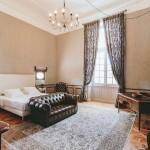 Suite du Baron de Jougla / chambre d'hôte du château de Paraza