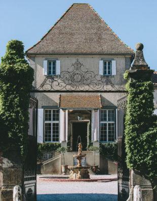 Entrée au Château de Paraza